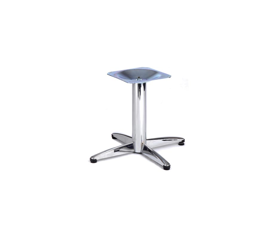 Small chrome lincoln coffee tables for bars and cafes for Petite table bar